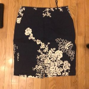 Embroidered Ann Taylor skirt